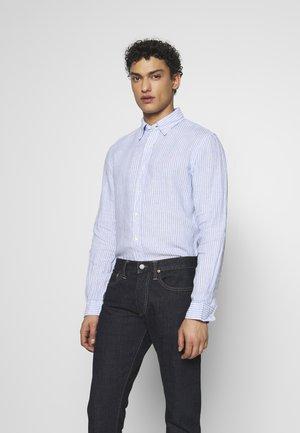STRIPE SLIM FIT - Košile - blue/white
