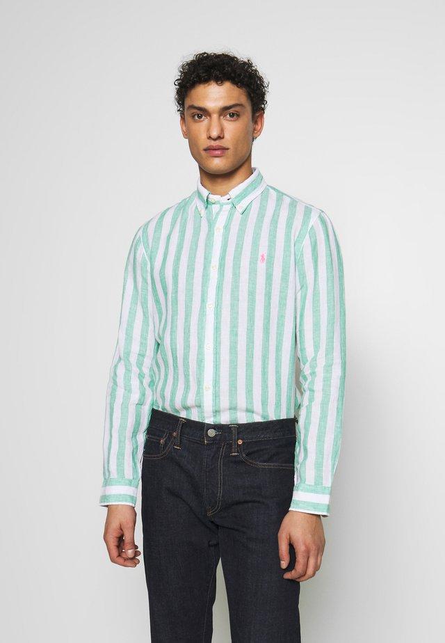 STRIPE SLIM FIT - Camisa - green/white