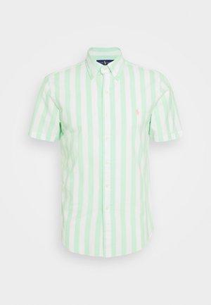 BEACH POPLIN - Shirt - green