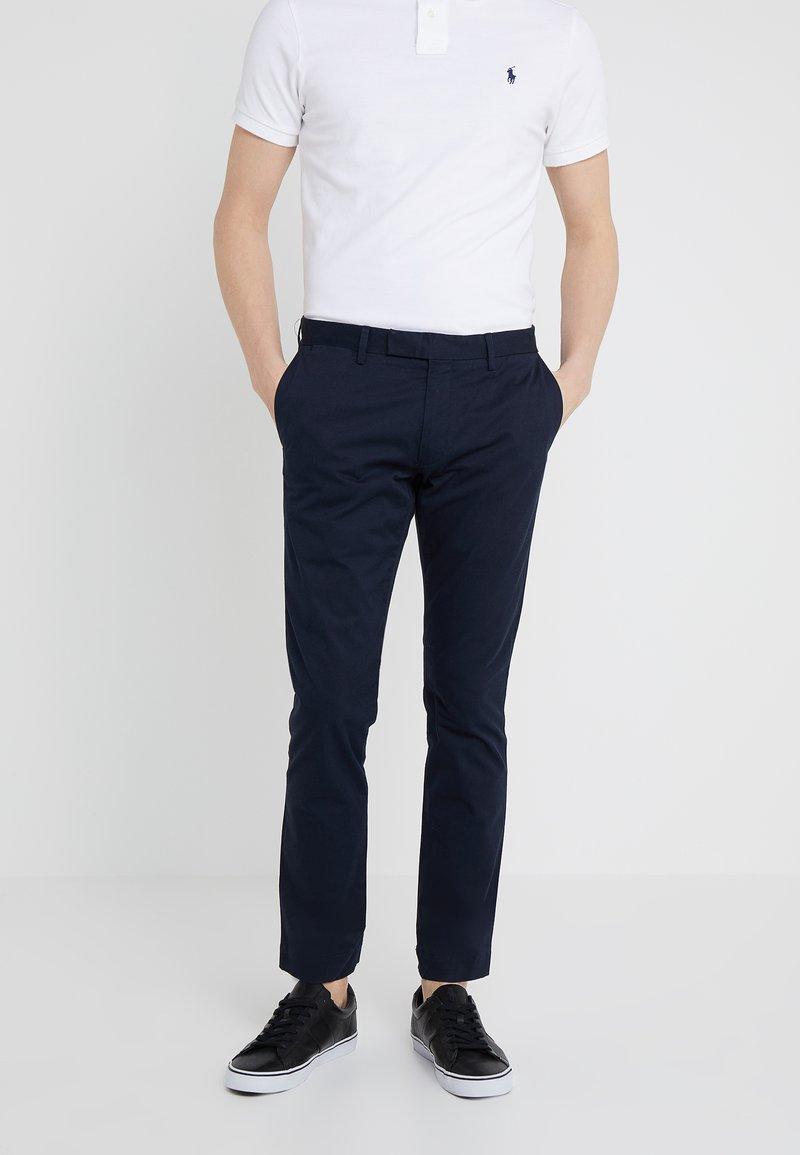 Polo Ralph Lauren - FLAT PANT - Spodnie materiałowe - aviator navy