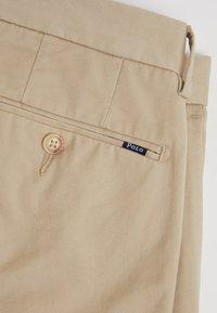 Polo Ralph Lauren - FLAT PANT - Pantaloni - classic khaki - 4