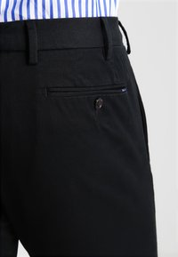 Polo Ralph Lauren - FLAT PANT - Trousers - polo black - 4