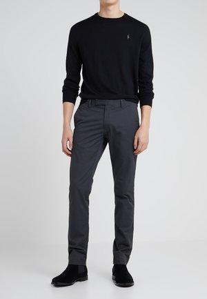 FLAT PANT - Pantalones - black mask