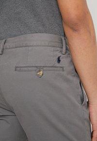 Polo Ralph Lauren - BEDFORD PANT - Spodnie materiałowe - norfolk grey - 3