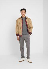 Polo Ralph Lauren - BEDFORD PANT - Spodnie materiałowe - norfolk grey - 1