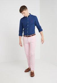 Polo Ralph Lauren - BEDFORD PANT - Tygbyxor - garden pink - 1