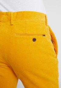 Polo Ralph Lauren - SLIM FIT PANT - Stoffhose - basic gold - 5