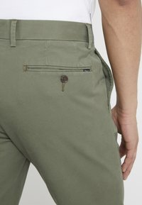 Polo Ralph Lauren - TAILORED PANT - Pantaloni - army olive - 5