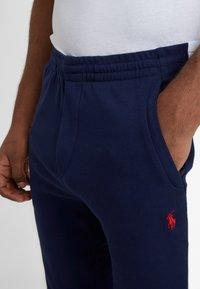 Polo Ralph Lauren - Spodnie treningowe - french navy - 6