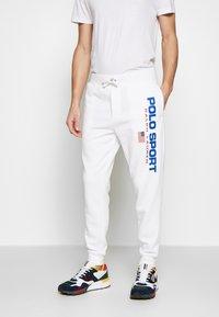 Polo Ralph Lauren - Teplákové kalhoty - white - 0