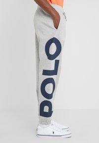 Polo Ralph Lauren - DOUBLE KNIT - Pantaloni sportivi - andover heather - 3