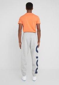 Polo Ralph Lauren - DOUBLE KNIT - Pantaloni sportivi - andover heather - 2