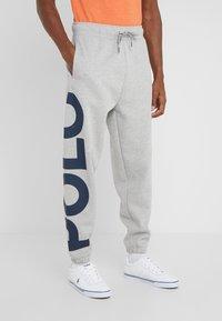 Polo Ralph Lauren - DOUBLE KNIT - Pantaloni sportivi - andover heather - 0