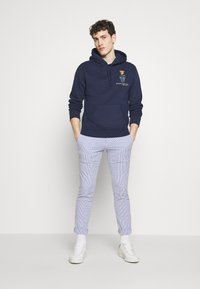 Polo Ralph Lauren - SLIM FIT BEDFORD PANT - Chino kalhoty - blue/white - 1