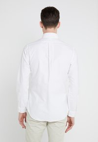 Polo Ralph Lauren - SLIM FIT - Skjorta - white