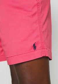 Polo Ralph Lauren - FLAT  - Shortsit - nantucket red - 3