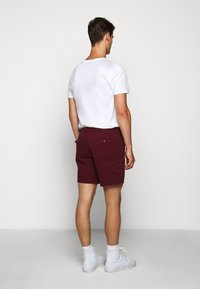Polo Ralph Lauren - CLASSIC FIT PREPSTER - Shorts - classic wine - 2