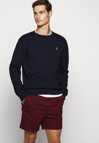 Polo Ralph Lauren - CLASSIC FIT PREPSTER - Shorts - classic wine - 3