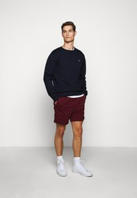 Polo Ralph Lauren - CLASSIC FIT PREPSTER - Shorts - classic wine - 1