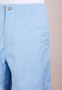 Polo Ralph Lauren - CLASSIC FIT PREPSTER - Shorts - blue lagoon