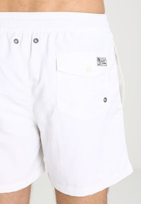 Polo Ralph Lauren - TRAVELER - Plavky - white - 1