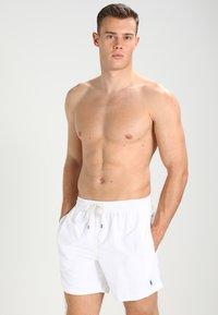 Polo Ralph Lauren - TRAVELER - Plavky - white - 0