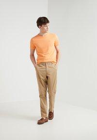 Polo Ralph Lauren - PREPSTER - Pantaloni - luxury tan - 1