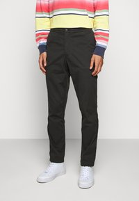 Polo Ralph Lauren - CLASSIC TAPERED FIT PREPSTER - Chinos - black mask - 0