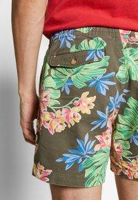 Polo Ralph Lauren - CLASSIC FIT PREPSTER SHORT - Shorts - surplus tropical - 5