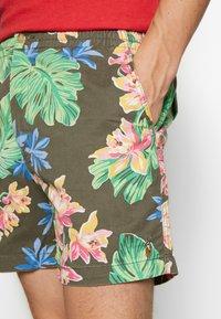 Polo Ralph Lauren - CLASSIC FIT PREPSTER SHORT - Shorts - surplus tropical - 3