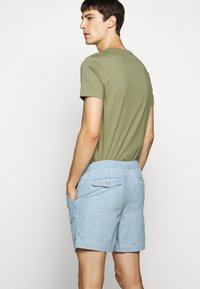 Polo Ralph Lauren - CLASSIC FIT PREPSTER  - Shorts - chambray - 4