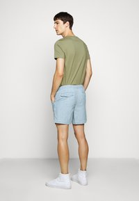 Polo Ralph Lauren - CLASSIC FIT PREPSTER  - Shorts - chambray - 2