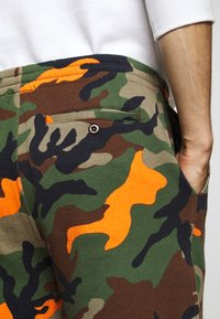 Polo Ralph Lauren - MAGIC  - Shorts - southern orange - 6