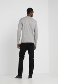 Polo Ralph Lauren - SULLIVAN PANT - Vaqueros slim fit - black - 2