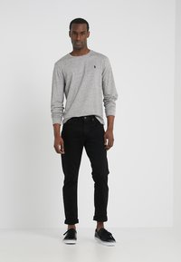 Polo Ralph Lauren - SULLIVAN PANT - Vaqueros slim fit - black - 1