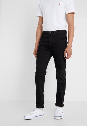 ELDRIDGE  - Slim fit jeans - black