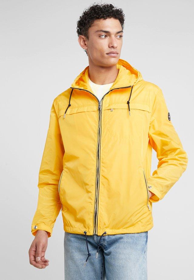ANORAK JACKET - Korte jassen - slicker yellow