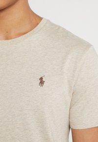 Polo Ralph Lauren - SLIM FIT - T-shirt basic - expedition dune - 5