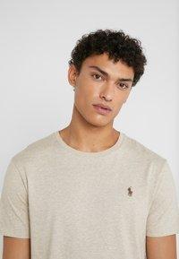 Polo Ralph Lauren - SLIM FIT - T-shirt basic - expedition dune - 3