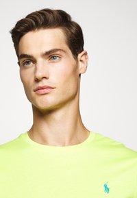 Polo Ralph Lauren - Jednoduché triko - bright pear - 3