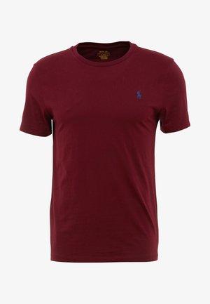 SLIM FIT - Basic T-shirt - classic wine