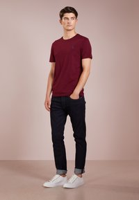 Polo Ralph Lauren - SLIM FIT - T-shirt basique - classic wine - 1
