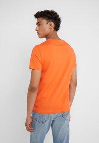 Polo Ralph Lauren - Jednoduché triko - bright preppy ora - 2