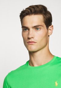 Polo Ralph Lauren - Jednoduché triko - neon green - 4