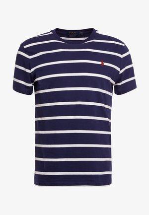 T-shirts med print - newport navy