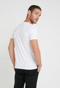 Polo Ralph Lauren - SLIM FIT - T-Shirt print - white - 2