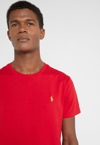 Polo Ralph Lauren - SLIM FIT - T-shirt basic - red - 4