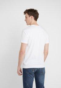 Polo Ralph Lauren - T-shirts med print - white - 2