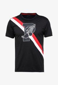 Polo Ralph Lauren - PERFORMANCE - T-shirts med print - polo black - 4