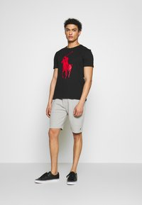 Polo Ralph Lauren - T-shirt imprimé - black - 1